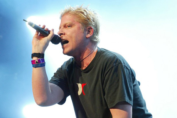 The-Offspring-Dexter-Holland-630x420