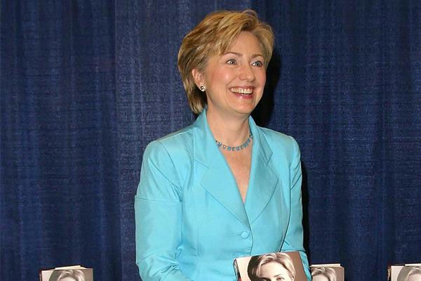bigstock-PASADENA--JUN---Hillary-Rod-66954019