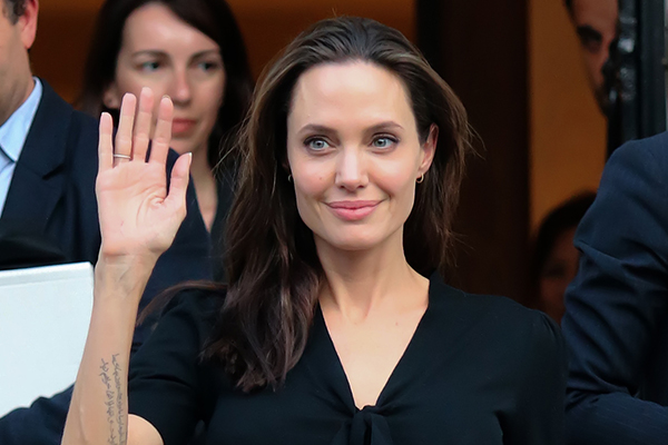bigstock-Angelina-Jolie-Leaves-The-Gree-122126120